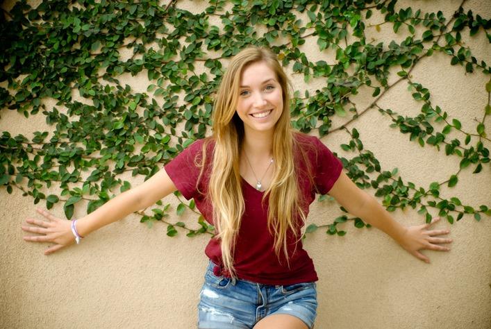 Ellie 2015-8120